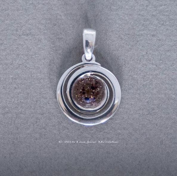 placenta pendant